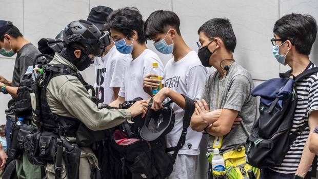 Tensión en Hong Kong por la ley de respeto al himno chino