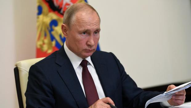 Putin convoca para el 24 de junio el desfile de la victoria sobre los nazis