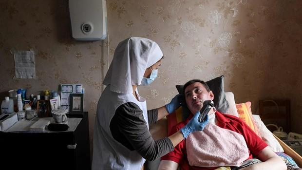 Un reputado médico ruso cree que el coronavirus «se ha quedado sin aliento»