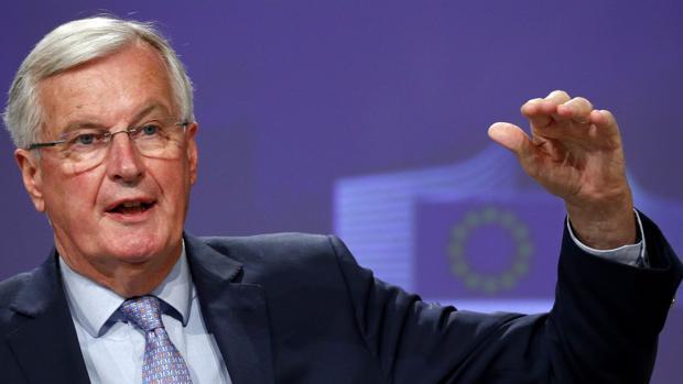 Barnier dice a Johnson que no habrá acuerdo de Brexit si no cumple con sus promesas
