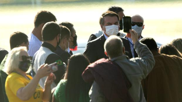 El coronavirus avanza mientras Brasil protesta contra Bolsonaro