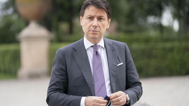 Grillo intenta reflotar el M5E apostando por Conte como su nuevo líder