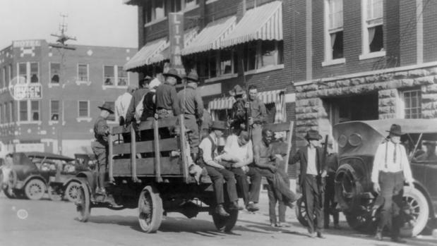 Tulsa, escenario del peor linchamiento masivo en la historia de EE.UU.