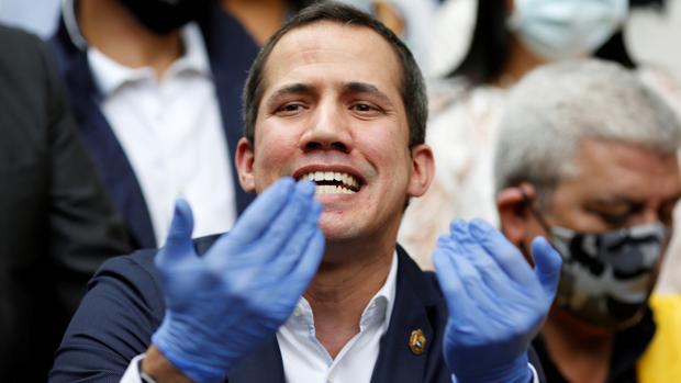 Guaidó acusa a Zapatero de ser «aliado» de Maduro y actuar de forma «contraria a la democracia»