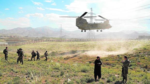 Las maniobras de Rusia contra EE.UU. en Afganistán ponen en guardia a Trump