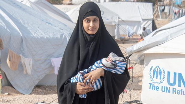 Una de las adolescentes británicas que huyó a Siria volverá a Reino Unido para defender su nacionalidad