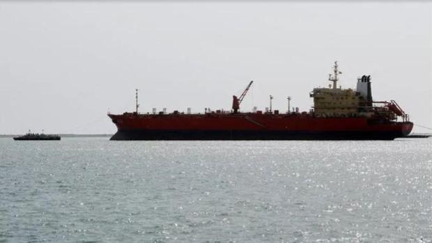 Maduro envía en secreto 33 petroleros a Cuba