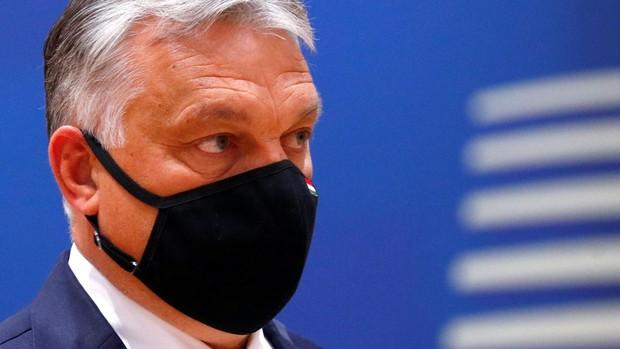 Orbán desea prohibir la entrada de inmigrantes a Hungría porque son una «amenaza biológica»