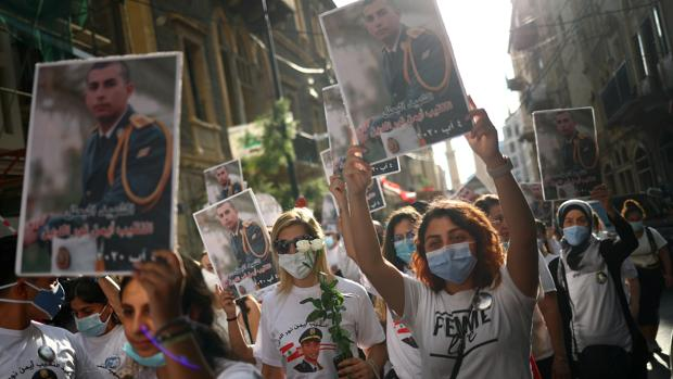 Cristianos y musulmanes se unen en el dolor y la reconstrucción de Beirut