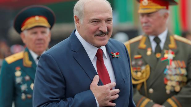 La UE abre un proceso de sanciones contra Lukashenko