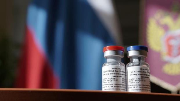 La campaña de vacunación masiva en Rusia contra la Covid-19, programada para dentro de un mes