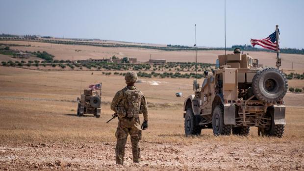 Un vídeo muestra el choque en Siria entre vehículos blindados de EE.UU. y Rusia que deja cuatro heridos