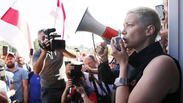 Unos enmascarados secuestran en plena calle a la opositora bielorrusa María Kolésnikova