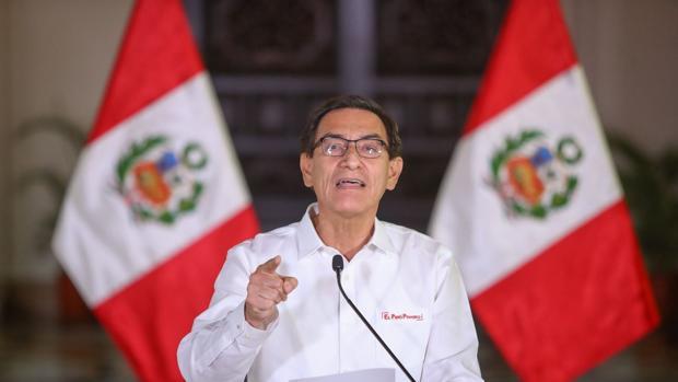 Vizcarra califica de «conspiración» la moción de censura que promueve el Congreso en su contra