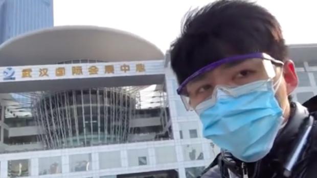 China mantiene retenido al periodista que informó sobre el inicio de la pandemia en Wuhan