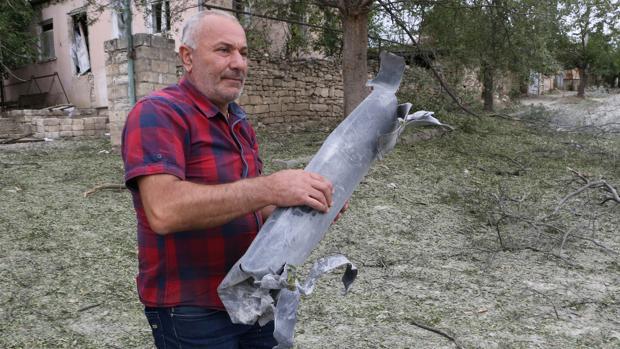 Azerbaiyán prosigue su ofensiva en Nagorno Karabaj con apoyo de Turquía