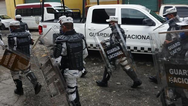 Guatemala disuelve la caravana de centroamericanos que emigraba a Estados Unidos
