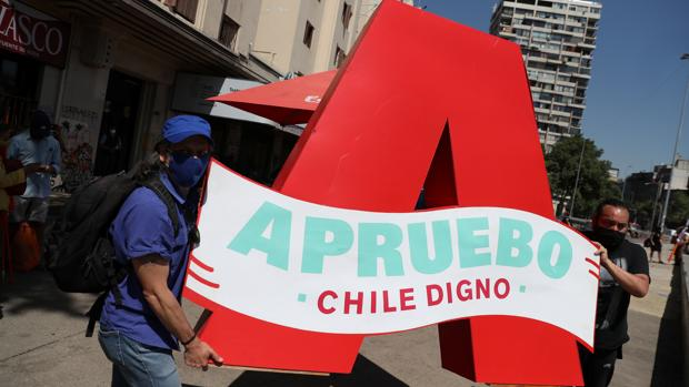 Los sondeos prevén el apoyo a una nueva Constitución en Chile, con participación ciudadana