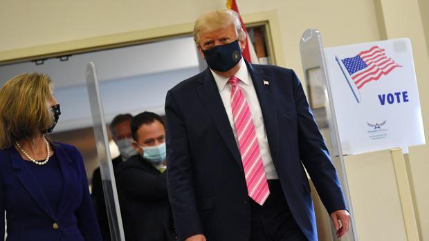 Donald Trump vota por anticipado en Florida