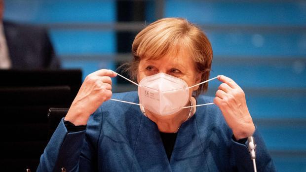 Merkel impone a los estados alemanes el cierre de la gastronomía y el ocio durante cuatro semanas