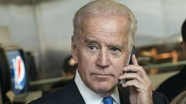 Trump ni siquiera permite que Joe Biden reciba felicitaciones por su victoria