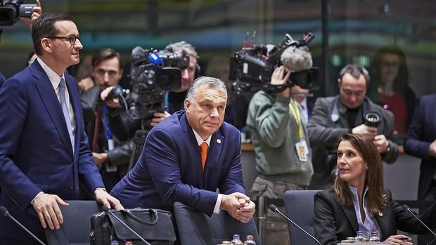 Orbán quiere negociar un estatus especial para Fidesz en el Partido Popular Europeo