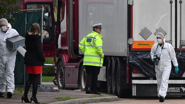 Declaran culpables a dos contrabandistas por la muerte de 39 vietnamitas en un camión refrigerador