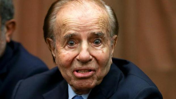 El expresidente argentino Carlos Menem en coma inducido tras sufrir un fallo renal