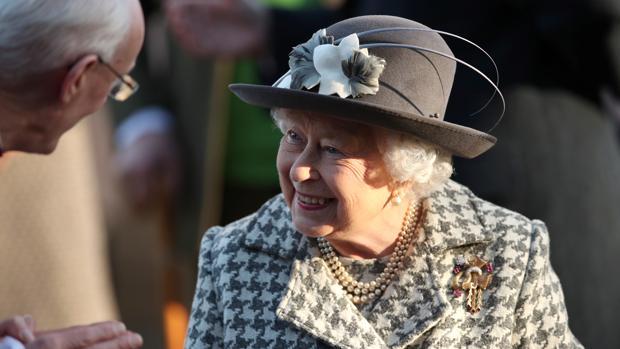 Todo puede fallar... menos la Reina Isabel II
