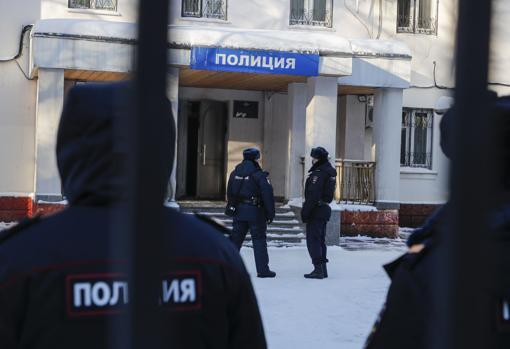 ایستگاه پلیس شماره 2 اداره وزارت کشور روسیه در شهر خیمکی ، جایی که ناوالنی واقع شده است