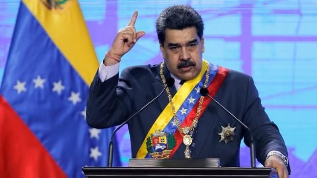 Biden comienza con una relajación de las sanciones a Maduro
