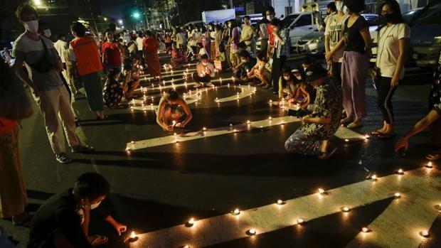 Al menos dos muertos y diez detenidos en una nueva protesta en la ciudad birmana de Mandalay
