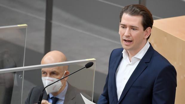 Austria pide al Consejo Europeo un pasaporte de vacunas