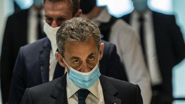 La condena de Sarkozy provoca un torrente de polémicas