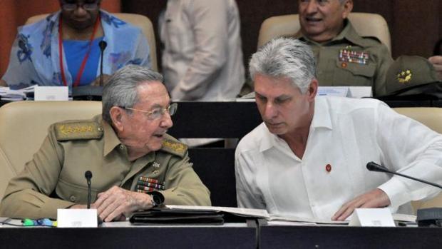 Raúl Castro se dispone a dejar la primera línea sin cambio político a la vista en Cuba