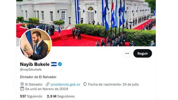 Bukele, el presidente que se describe en Twitter como «dictador de El Salvador»