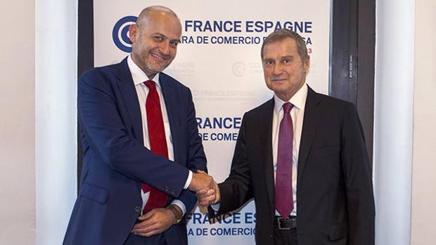 Christian Stein, director global de Comunicación de Seat y Philippe Saman director de la Cámara de Comercio Francesa de Barcelona