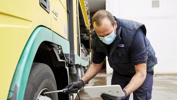 Neumáticos, frenos y suspensión, claves a vigilar en un camión