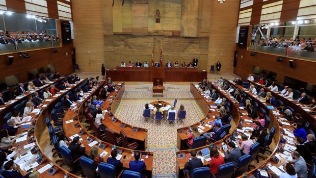 Vista general de la Asamblea de Madrid, en la que Juan Trinidad, de Ciudadanos, ha sido elegido presidente por mayoría absoluta