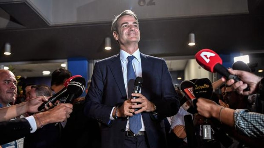Grecia da carpetazo al delirio populista