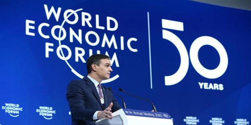 Sánchez daña a España en el exterior