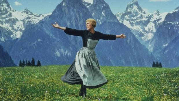 Julie Andrews en el papel de María von Trapp