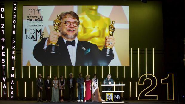 Guillermo Del Toro Se Pasa A La Animacion Firma Con Dreamworks Para