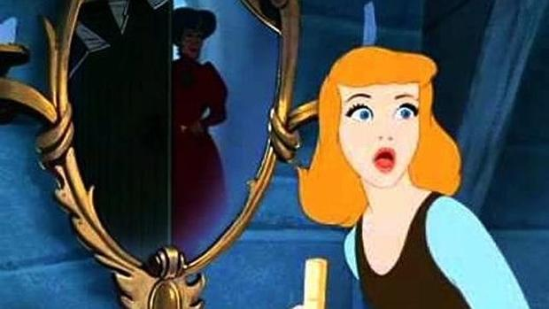 Disney Historia Grimm Sádica La De Los Que Cenicienta Hermanos 8v0NOnmw