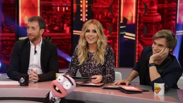 Pablo Motos, Marta Sánchez y Carlos Baute, en «El hormiguero»