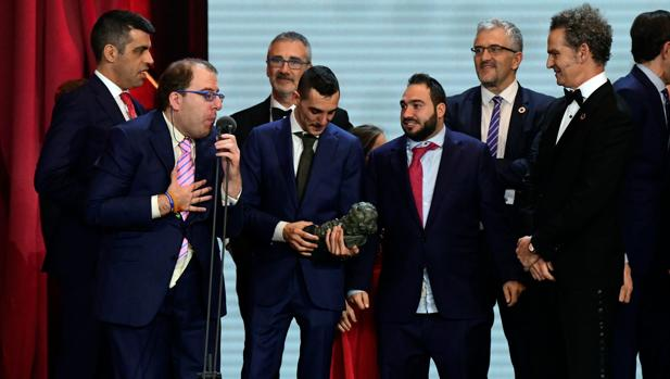 El equipo de «Campeones», tras ganar el Goya