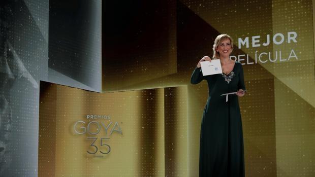 Los Goya celebran la nostalgia de 'Las niñas' en una gala convertida en  fiesta virtual