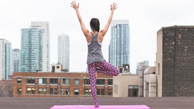 10 ejercicios en casa para mantenerse en forma