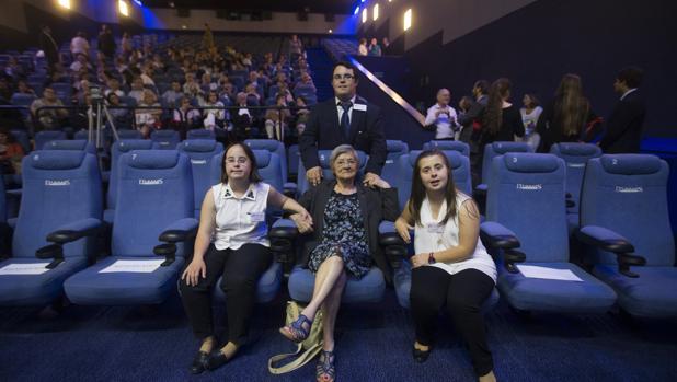 Madame Birthe Lejeune asiste en Madrid a la proyección de la película sobre la vida de su esposo