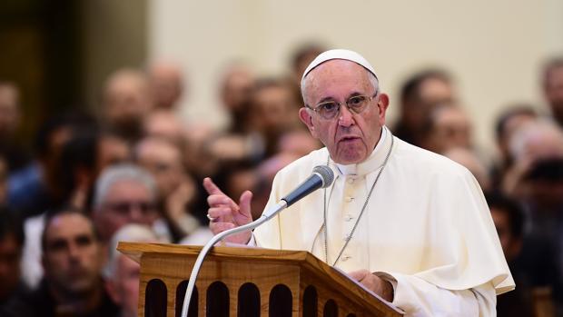 El Papa Francisco ha mantenido esta mañana un encuentro con antiguos alumnos de los jesuitas